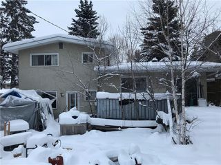 Photo 2: 5420 BANNERMAN Drive NW in Calgary: Brentwood House for sale : MLS®# C4150173