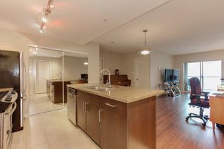 """Photo 9: 801 14 BEGBIE Street in New Westminster: Quay Condo for sale in """"INTER URBAN"""" : MLS®# R2230708"""