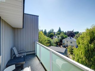 Photo 14: 403 3240 Glasgow Avenue in VICTORIA: SE Quadra Residential for sale (Saanich East)  : MLS®# 382346