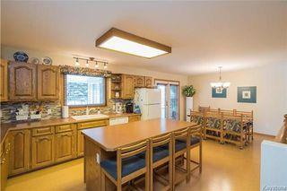 Photo 6: 105 OAKBANK Drive: Oakbank Residential for sale (R04)  : MLS®# 1809236