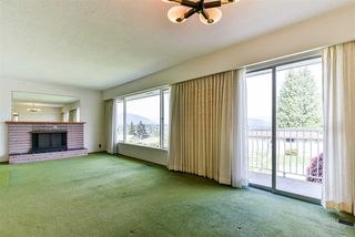 Photo 8: 5661 SARDIS Crescent in Burnaby: Forest Glen BS House for sale (Burnaby South)  : MLS®# R2265193