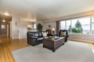 Photo 3: 1747 THOMAS Avenue in Coquitlam: Central Coquitlam House for sale : MLS®# R2268277