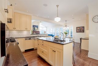 Photo 2: 1920 W KING EDWARD Avenue in Vancouver: Quilchena House for sale (Vancouver West)  : MLS®# R2269900