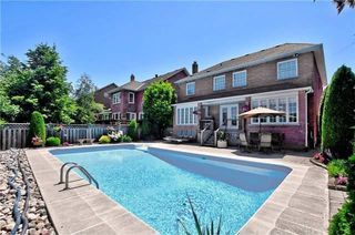Photo 2: 81 Heatherwood Crescent in Markham: Unionville House (2-Storey) for sale : MLS®# N4158532