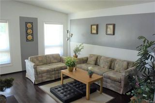 Photo 3: 563 Ashworth Street South in Winnipeg: Dakota Crossing Residential for sale (2F)  : MLS®# 1816678