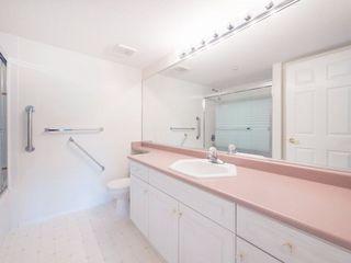 "Photo 15: 220 13880 70 Avenue in Surrey: East Newton Condo for sale in ""Chelsea Gardens"" : MLS®# R2288215"