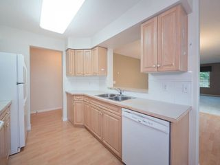 "Photo 9: 220 13880 70 Avenue in Surrey: East Newton Condo for sale in ""Chelsea Gardens"" : MLS®# R2288215"