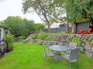 Photo 16: 1571 Monterey Avenue in VICTORIA: OB North Oak Bay Single Family Detached for sale (Oak Bay)  : MLS®# 400034