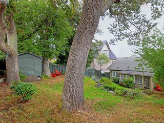 Photo 17: 1571 Monterey Avenue in VICTORIA: OB North Oak Bay Single Family Detached for sale (Oak Bay)  : MLS®# 400034