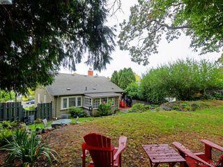 Photo 18: 1571 Monterey Avenue in VICTORIA: OB North Oak Bay Single Family Detached for sale (Oak Bay)  : MLS®# 400034