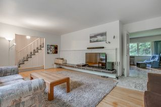 Photo 5: 4094 DELBROOK Avenue in North Vancouver: Upper Delbrook House for sale : MLS®# R2310254