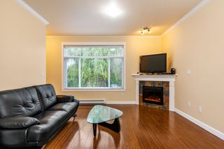 "Photo 2: 8 13393 BARKER Street in Surrey: Queen Mary Park Surrey Townhouse for sale in ""Grand Lane"" : MLS®# R2311347"