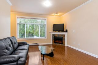 "Photo 3: 8 13393 BARKER Street in Surrey: Queen Mary Park Surrey Townhouse for sale in ""Grand Lane"" : MLS®# R2311347"