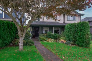 Main Photo: 319 E 12TH Street in North Vancouver: Central Lonsdale House 1/2 Duplex for sale : MLS®# R2320274