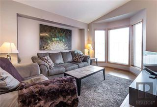 Photo 3: 66 Hawkwood Gate in Winnipeg: Whyte Ridge Residential for sale (1P)  : MLS®# 1829470