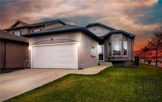 Photo 1: 66 Hawkwood Gate in Winnipeg: Whyte Ridge Residential for sale (1P)  : MLS®# 1829470