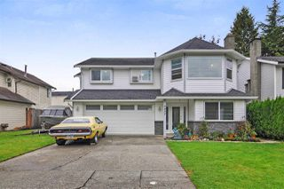 Main Photo: 9457 214B Street in Langley: Walnut Grove House for sale : MLS®# R2331544