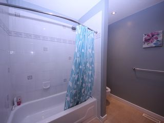 Photo 16: 12483 204 Street in Maple Ridge: Northwest Maple Ridge House for sale : MLS®# R2334396