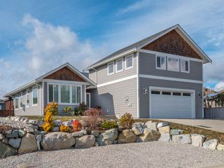 Main Photo: 6355 BAILLIE Road in Sechelt: Sechelt District House for sale (Sunshine Coast)  : MLS®# R2348972