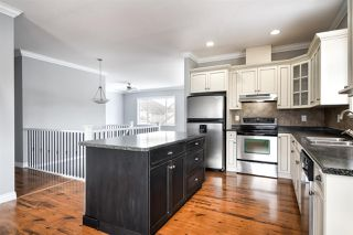 """Photo 6: 32600 SALSBURY Avenue in Mission: Mission BC House for sale in """"Cherry Meadows"""" : MLS®# R2350182"""