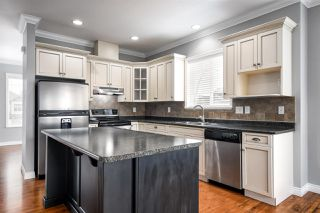 """Photo 5: 32600 SALSBURY Avenue in Mission: Mission BC House for sale in """"Cherry Meadows"""" : MLS®# R2350182"""