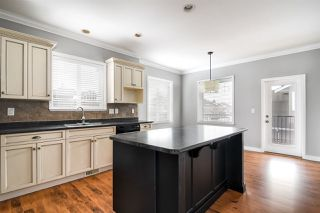"""Photo 7: 32600 SALSBURY Avenue in Mission: Mission BC House for sale in """"Cherry Meadows"""" : MLS®# R2350182"""