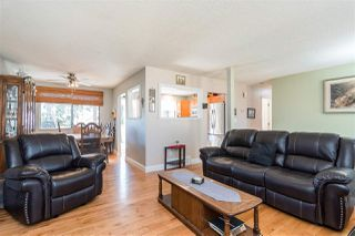 Photo 5: 20794 48 Avenue in Langley: Langley City House for sale : MLS®# R2350433