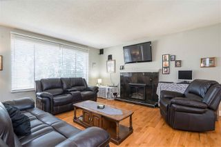 Photo 4: 20794 48 Avenue in Langley: Langley City House for sale : MLS®# R2350433