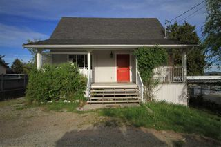 Photo 1: 742 NORTH Road in Gibsons: Gibsons & Area House for sale (Sunshine Coast)  : MLS®# R2367010