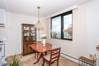"""Photo 6: 301 1330 HARWOOD Street in Vancouver: West End VW Condo for sale in """"WESTSEA TOWER"""" (Vancouver West)  : MLS®# R2369175"""