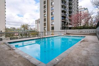 """Photo 17: 301 1330 HARWOOD Street in Vancouver: West End VW Condo for sale in """"WESTSEA TOWER"""" (Vancouver West)  : MLS®# R2369175"""