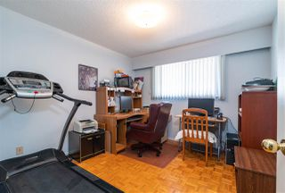 Photo 11: 5650 NEVILLE Street in Burnaby: South Slope House for sale (Burnaby South)  : MLS®# R2376945