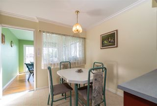 Photo 8: 5650 NEVILLE Street in Burnaby: South Slope House for sale (Burnaby South)  : MLS®# R2376945