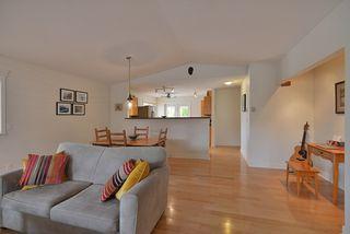 Photo 10: 5723 CARTIER Road in Sechelt: Sechelt District House for sale (Sunshine Coast)  : MLS®# R2378344