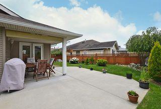 Photo 19: 5723 CARTIER Road in Sechelt: Sechelt District House for sale (Sunshine Coast)  : MLS®# R2378344