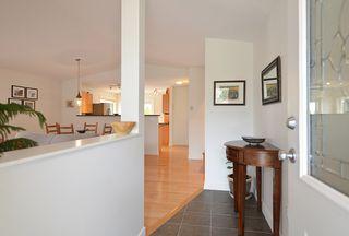 Photo 11: 5723 CARTIER Road in Sechelt: Sechelt District House for sale (Sunshine Coast)  : MLS®# R2378344