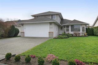 Main Photo: 45420 SPRUCE Drive in Sardis: Sardis West Vedder Rd House for sale : MLS®# R2383399