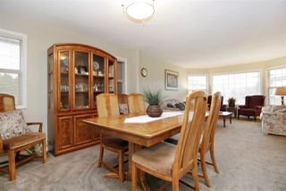 Photo 3: 45420 SPRUCE Drive in Sardis: Sardis West Vedder Rd House for sale : MLS®# R2383399