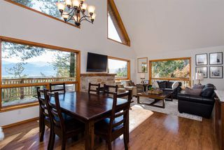 Photo 2: 3327 ATKINSON Lane in Abbotsford: Sumas Mountain House for sale : MLS®# R2384551