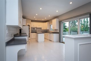 Photo 6: 976 WALLBRIDGE Place in Edmonton: Zone 22 House for sale : MLS®# E4163741