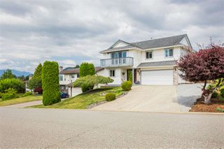 "Main Photo: 3622 DAVIE Street in Abbotsford: Abbotsford East House for sale in ""BATEMAN PARK"" : MLS®# R2385908"