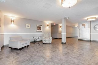 Photo 2: 312 4529 West Saanich Rd in VICTORIA: SW Royal Oak Condo Apartment for sale (Saanich West)  : MLS®# 821705