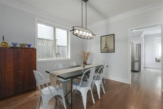 Photo 5: 421 E 4TH Street in North Vancouver: Lower Lonsdale House 1/2 Duplex for sale : MLS®# R2395329
