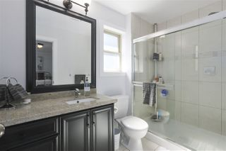 Photo 18: 421 E 4TH Street in North Vancouver: Lower Lonsdale House 1/2 Duplex for sale : MLS®# R2395329