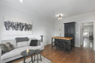 Photo 9: 421 E 4TH Street in North Vancouver: Lower Lonsdale House 1/2 Duplex for sale : MLS®# R2395329