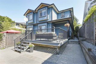 Photo 20: 421 E 4TH Street in North Vancouver: Lower Lonsdale House 1/2 Duplex for sale : MLS®# R2395329