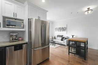 Photo 10: 421 E 4TH Street in North Vancouver: Lower Lonsdale House 1/2 Duplex for sale : MLS®# R2395329