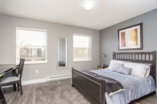 """Photo 14: 36 11067 BARNSTON VIEW Road in Pitt Meadows: South Meadows Townhouse for sale in """"Coho"""" : MLS®# R2420194"""