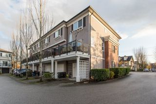 """Photo 18: 36 11067 BARNSTON VIEW Road in Pitt Meadows: South Meadows Townhouse for sale in """"Coho"""" : MLS®# R2420194"""