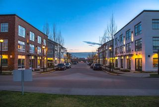 """Photo 19: 36 11067 BARNSTON VIEW Road in Pitt Meadows: South Meadows Townhouse for sale in """"Coho"""" : MLS®# R2420194"""